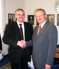 Vereidigung am 11.02.2005 durch Herrn IHK-Präsident Thiel